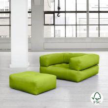 El sillón cama Cube verde pistacho tiene un diseño juvenil y es muy resistente gracias a sus botones de costura. - Ítem