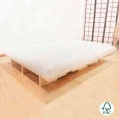 Kurosawa es una cama de madera certificada de estilo japonés sin herrajes metálicos