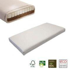 El colchón de látex natural y fibra de coco Lara de Prolana dispone, por una parte, de 2,5 cm de grosor de fibra de coco, que lo convierte en transpirable y firme y, por la otra, de 3 cm de látex natural, que lo hace blando y elástico.