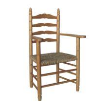 Sillón tradicional de madera y enea: La estructura es de madera de chopo o pino y el asiento está trenzado con enea.