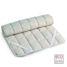 El Topper de algodón orgánico Firenze se sujeta al colchón de forma segura, proporcionando durante la noche mayor comodidad y calidez.