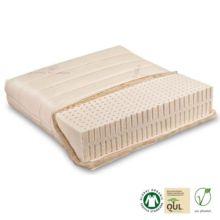 La cobertura del núcleo con lana nueva crea una superficie aún más firme y tiene propiedades de control de temperatura. El colchón viene con una funda fija de algodón.