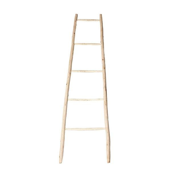 La escalera de madera Zahara está hecha a mano