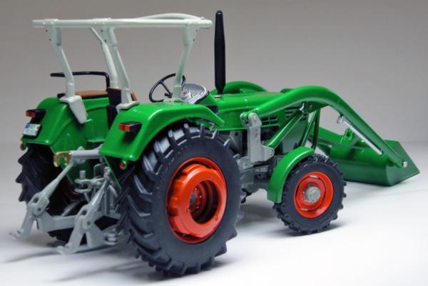WEISE TOYS 1:32 Tractor DEUTZ D 45 06 A CON PALA FRONTAL - Ítem1