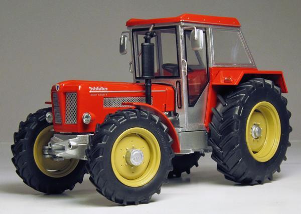 WEISE TOYS 1:32 Tractor SCHLÜLER SUPER 1250 V CON CABINA