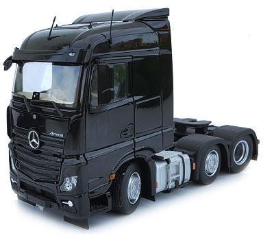 MARGE MODELS 1:32 Camión MERCEDES-BENZ ACTROS STREAMSPACE 6X2 NEGRO - Ítem1