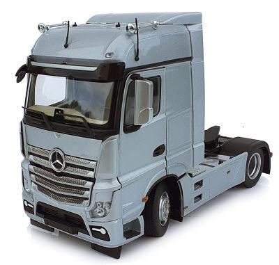 MARGE MODELS 1:32 Camión MERCEDES-BENZ ACTROS BIGSPACE 4X2 PLATA - Ítem1