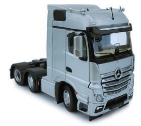 MARGE MODELS 1:32 Camión MERCEDES-BENZ ACTROS BIGSPACE 6X2 PLATA
