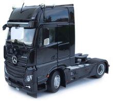 MARGE MODELS 1:32 Camión MERCEDES-BENZ ACTROS GIGASPACE 4X2 NEGRO - Ítem1