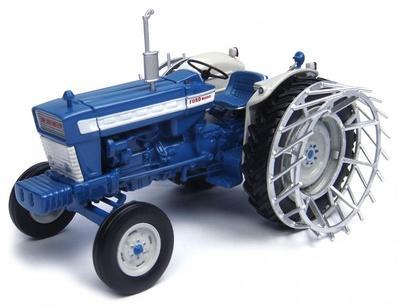 UNIVERSAL HOBBIES 1:32 Tractor FORD 5000 CON RUEDAS DE METAL