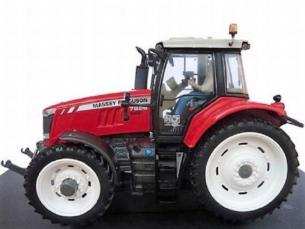 UNIVERSAL HOBBIES 1:32 Tractor MASSEY FERGUSON 7626 rueda estrecha