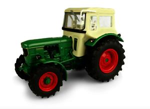 UNIVERSAL HOBBIES 1:32 Tractor DEUTZ D6005 4WD CON CABINA