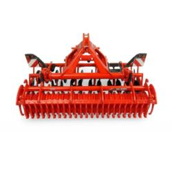 UNIVERSAL HOBBIES 1:32 Cultivador KUHN CD 3020