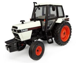 UNIVERSAL HOBBIES 1:32 Tractor CASE 1494 2WD