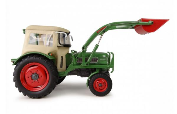 UNIVERSAL HOBBIES 1:32 Tractor FENDT FARMER 2 CON CABINA Y PALA FRONTAL - Ítem1