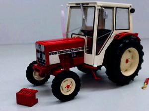 REPLICAGRI 1:32 tractor INTERNATIONAL 633 SA