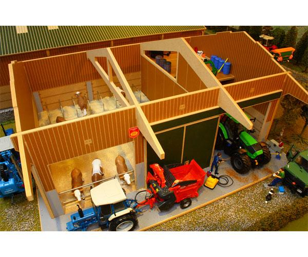 Almacén y granja de vacas para miniaturas a escala 1:32 Brushwood Toys BBB140 - Ítem1