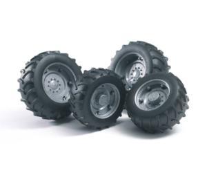 Juego de ruedas gemelas para tractores de juguete Bruder 02316