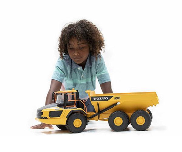 BRUDER 1:16 Dumper de juguete VOLVO A60H 02455 - Ítem4