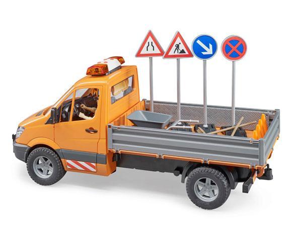 BRUDER 1:16 Camioneta de juguete MERCEDES BENZ Sprinter con trabajador y accesorios - Ítem1