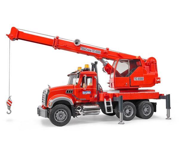 Camión grua de juguete MACK Granite con luces y sonido Bruder 02826