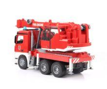 BRUDER 1:16 Camión-grúa bomberos MERCEDES-BENZ Arocs - Ítem1