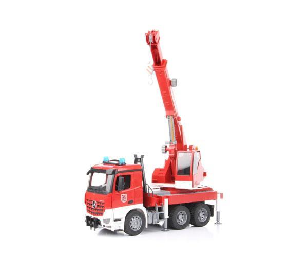 BRUDER 1:16 Camión-grúa bomberos MERCEDES-BENZ Arocs - Ítem4