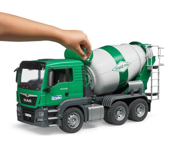 BRUDER 1:16 Camión hormigonera de juguete MAN TGS - Ítem4