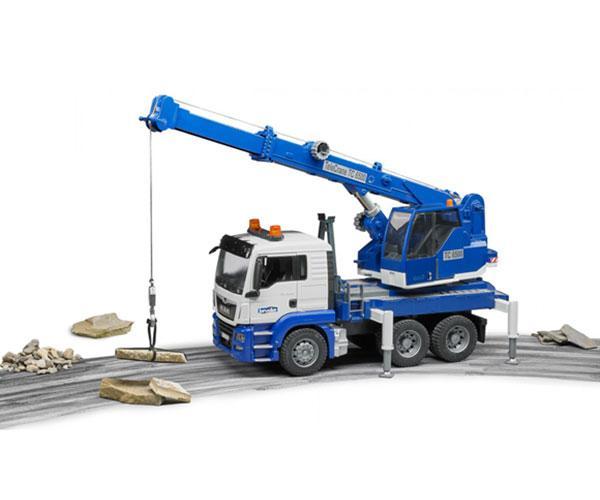Camión grúa de juguete MAN TGS con luces y sonido Bruder 03770 - Ítem5