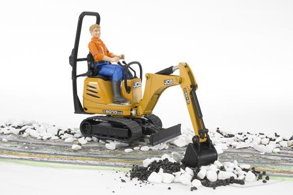 Miniexcavadora de juguete JCB 8010 CTS con conductor - Ítem4