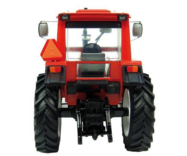 UNIVERSAL HOBBIES 1:32 Tractor VOLVO VALMET BM 705 - Ítem2
