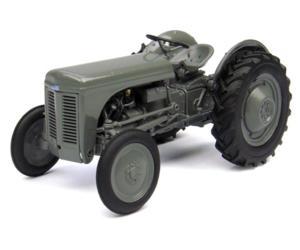Replica tractor FERGUSON TEA 20