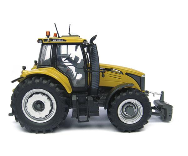 Replica tractor CHALLENGER MT555E - Ítem1