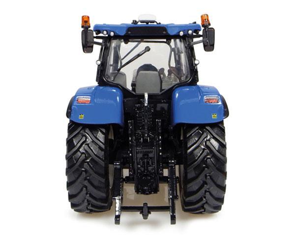 Réplica tractor NEW HOLLAND T7.225 Union Jack Edition Universal Hobbies UH4901 - Ítem3