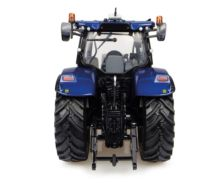 Réplica tractor NEW HOLLAND T7.225 Blue Power Universal Hobbies UH4976 - Ítem1