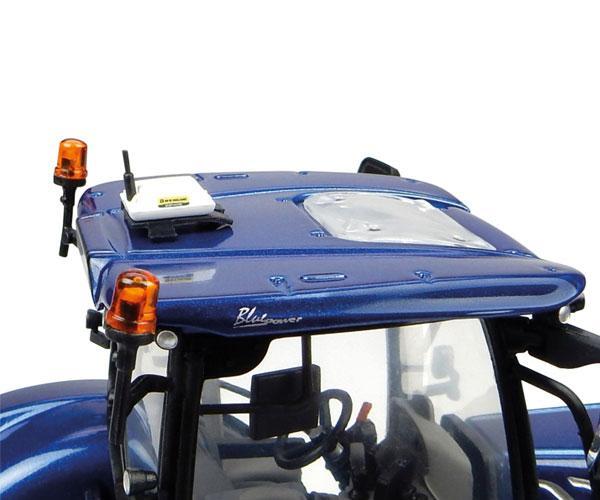 Réplica tractor NEW HOLLAND T7.225 Blue Power Universal Hobbies UH4976 - Ítem5