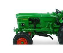 UNIVERSAL HOBBIES 1:32 Tractor DEUTZ D6005 -2 WD - Ítem5