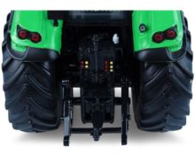 UNIVERSAL HOBBIES 1:32 Tractor DEUTZ-FAHR TTV 7250 - Version 2017 - Ítem7