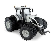 UNIVERSAL HOBBIES 1:32 Tractor VALTRA S394 con ruedas gemelas -Edición Limitada - Ítem3