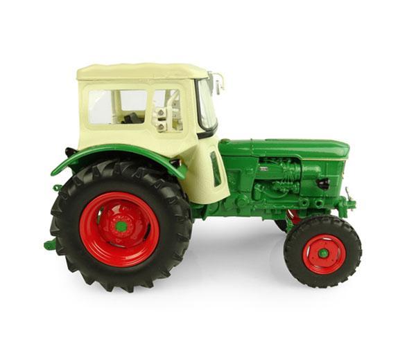 UNIVERSAL HOBBIES 1:32 Tractor DEUTZ D 60 05 - 2WD - Ítem1