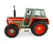 UNIVERSAL HOBBIES 1:32 Tractor ZETOR 8045 4wd UH5272 - Ítem2