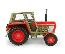 UNIVERSAL HOBBIES 1:32 Tractor ZETOR Crystal 8011 -2WD UH5289 - Ítem1
