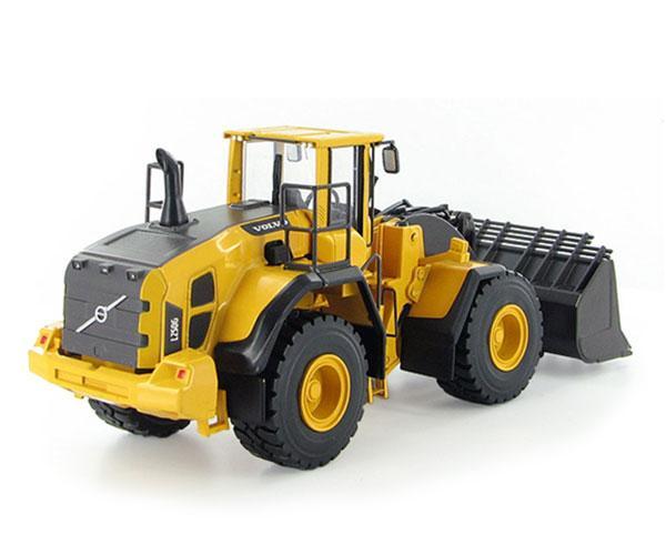 MOTORART 1:50 Miniatura cargadora VOLVO L250G - Ítem1
