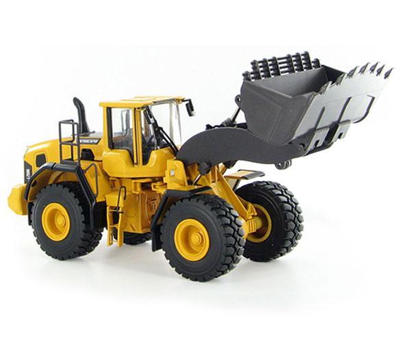 MOTORART 1:50 Miniatura cargadora VOLVO L250G
