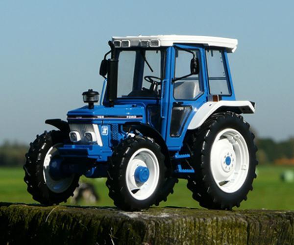 Replica tractor FORD 7610 Gen2, 4WD - Ítem1