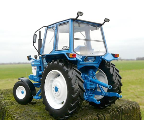 Replica tractor FORD 5610 Gen1, 2WD - Ítem1