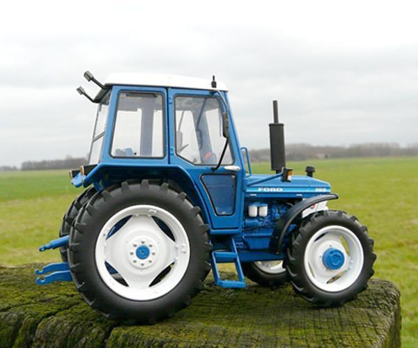 Replica tractor FORD 5610 Gen1, 4WD - Ítem2