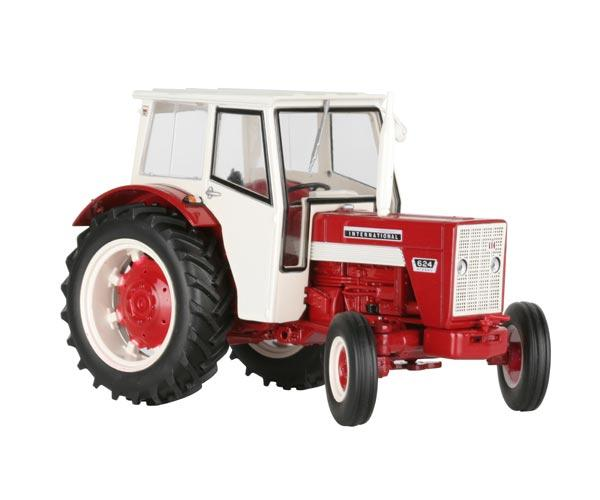 Replica tractor INTERNATIONAL 624