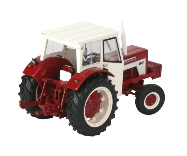 Replica tractor INTERNATIONAL 724