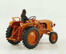 Réplica tractor RENAULT D30 con conductora Replicagri REP143 - Ítem3